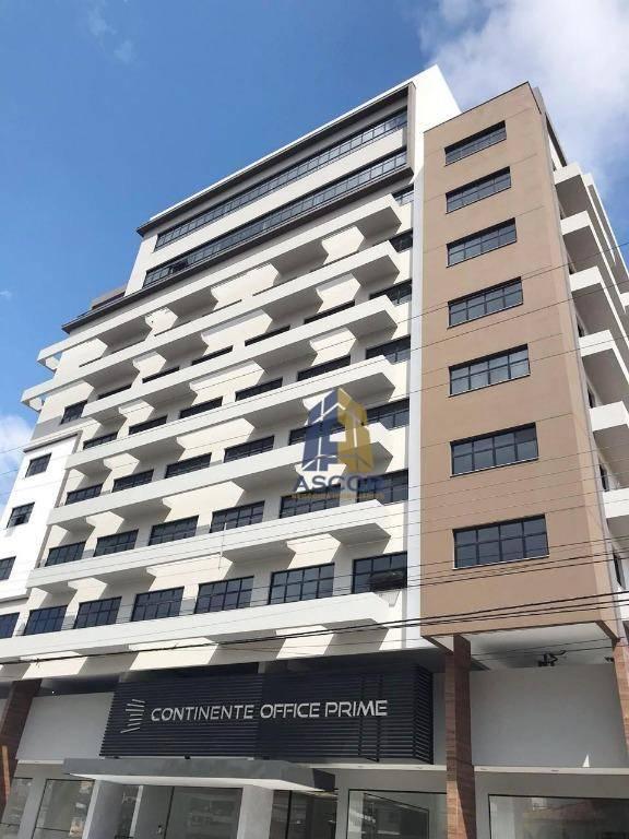 Ótima sala comercial com Vista pro Mar, 30 m², Prédio Moderno, com estacionamento rotativo! SA0241