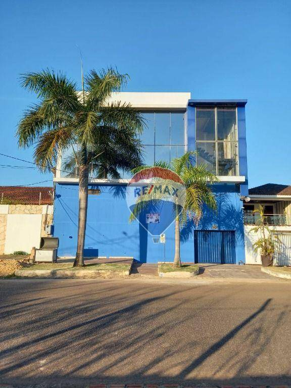 Casa com 2 dormitórios à venda, 300 m² por R$ 750.000,00 - Nova Porto Velho - Porto Velho/RO