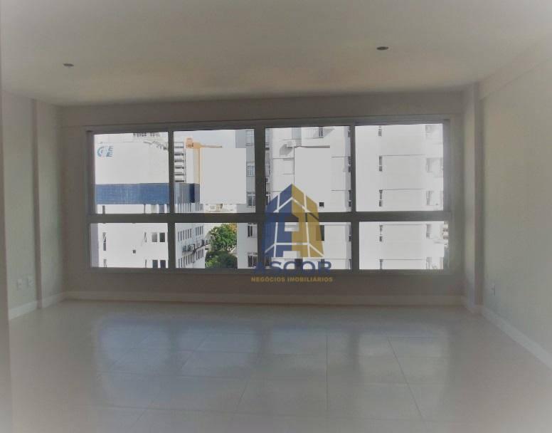 Apartamento com 2 suítes para alugar por R$ 3.300/mês - Centro - Florianópolis/SC