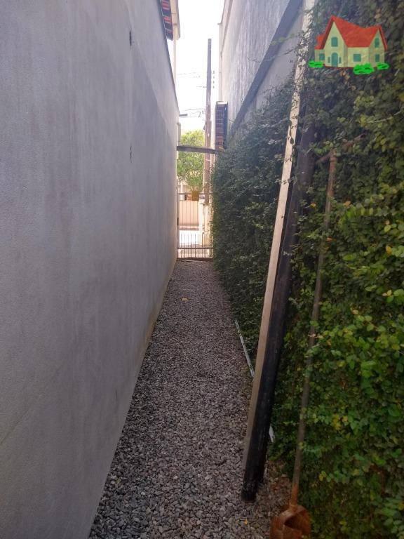 Sobrado com 3 Dormitórios à venda, 260 m² por R$ 690.000,00