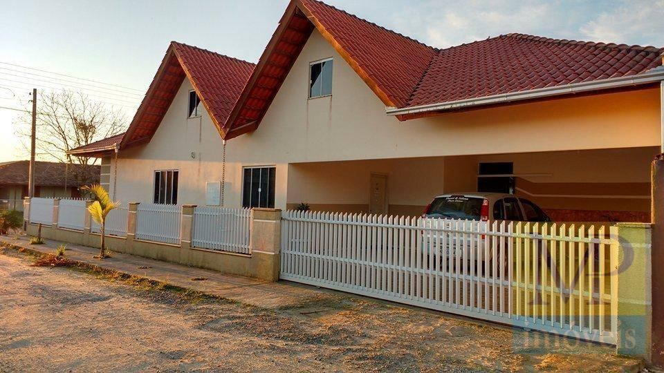 Sobrado com 3 dormitórios à venda, 200 m² por R$ 590.000,00 - Nossa Senhora de Fatima - Penha/SC