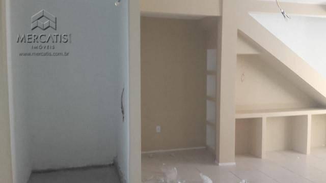 casa triplex bairro cajazeiras   residencial vila verdedescrição   empreendimento1)primeiro piso- garagem para três carros- ampla...