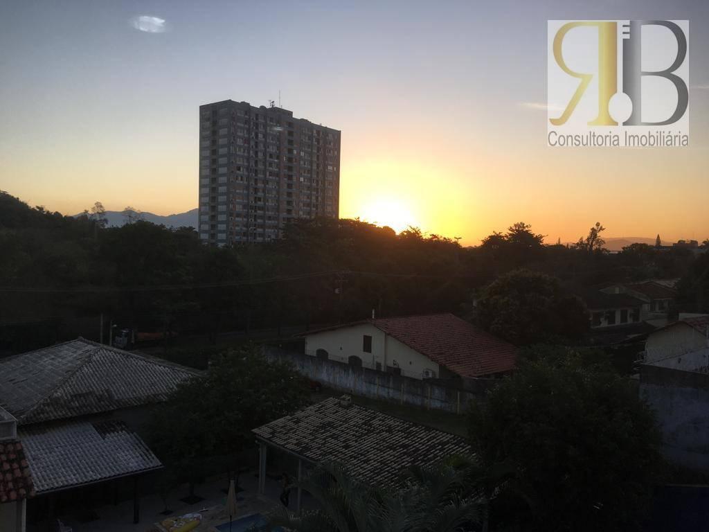 Casa 4 suítes Condomínio Mirante da Barra