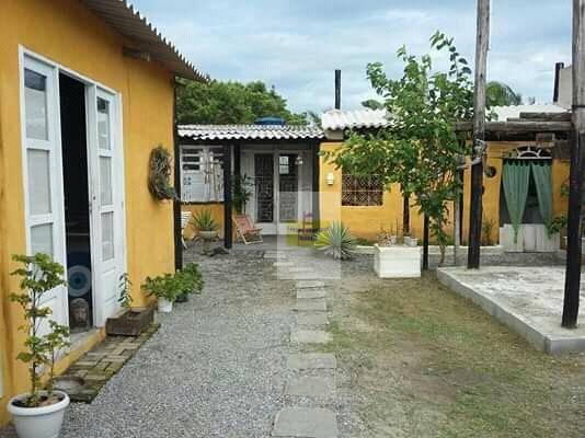 Oportunidade-Casa a venda em Unamar,local tranquilo
