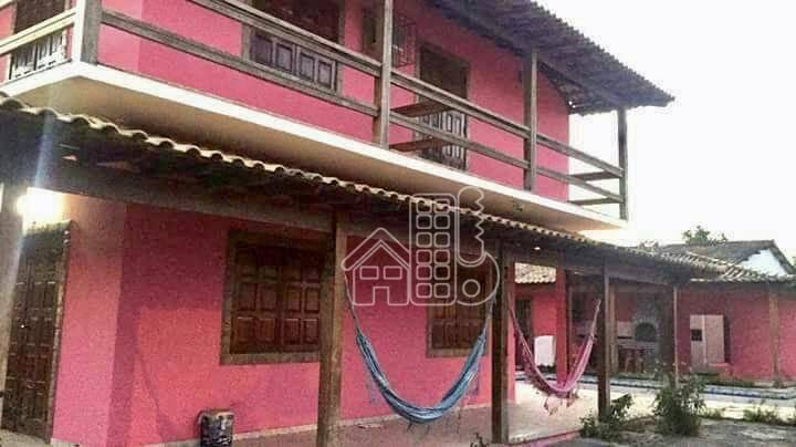 Casa com 4 dormitórios à venda, 190 m² por R$ 250.000,00 - Parati - Araruama/RJ