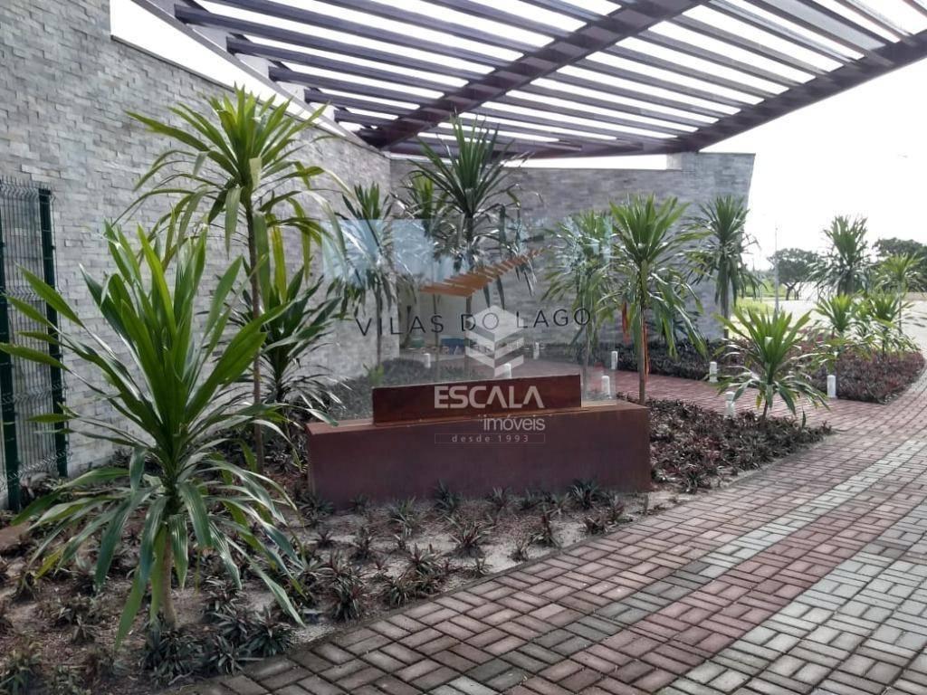 Lote à venda no Condomínio Vilas do Lago, 322 m², financia - Lagoa Redonda - Fortaleza/CE