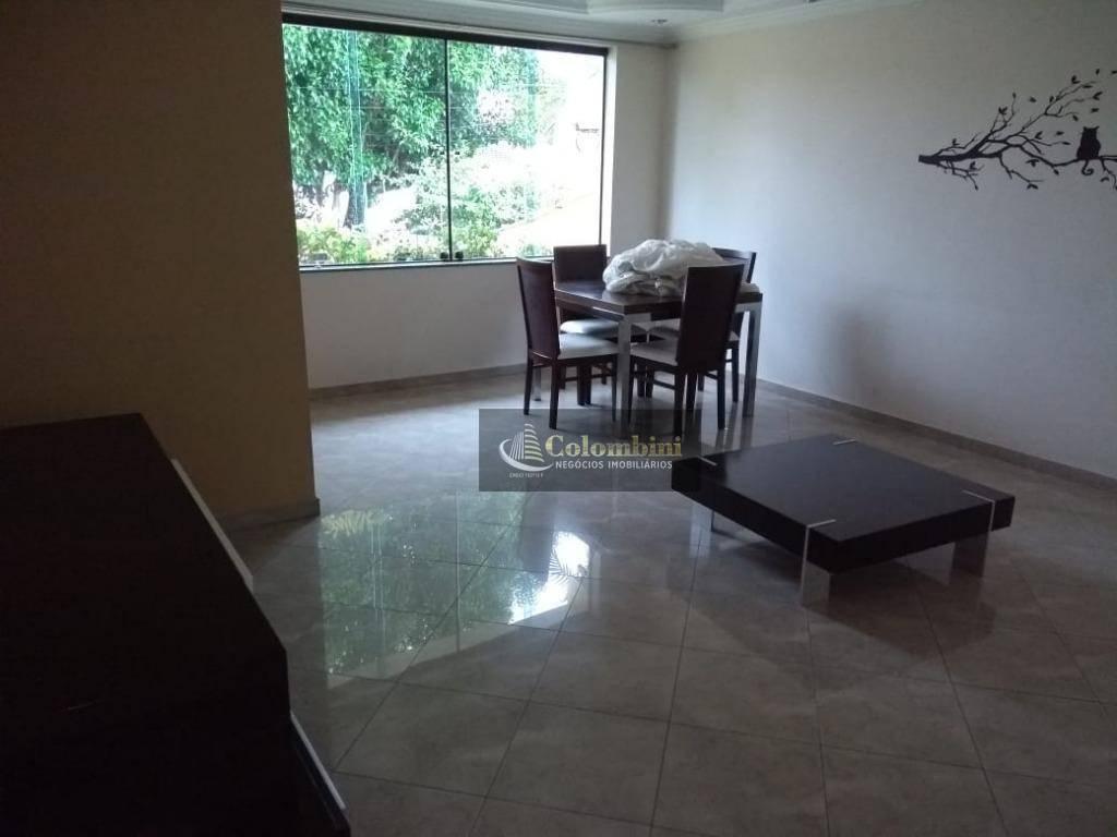 Sobrado com 4 dormitórios à venda, 360 m² por R$ 990.000 - O