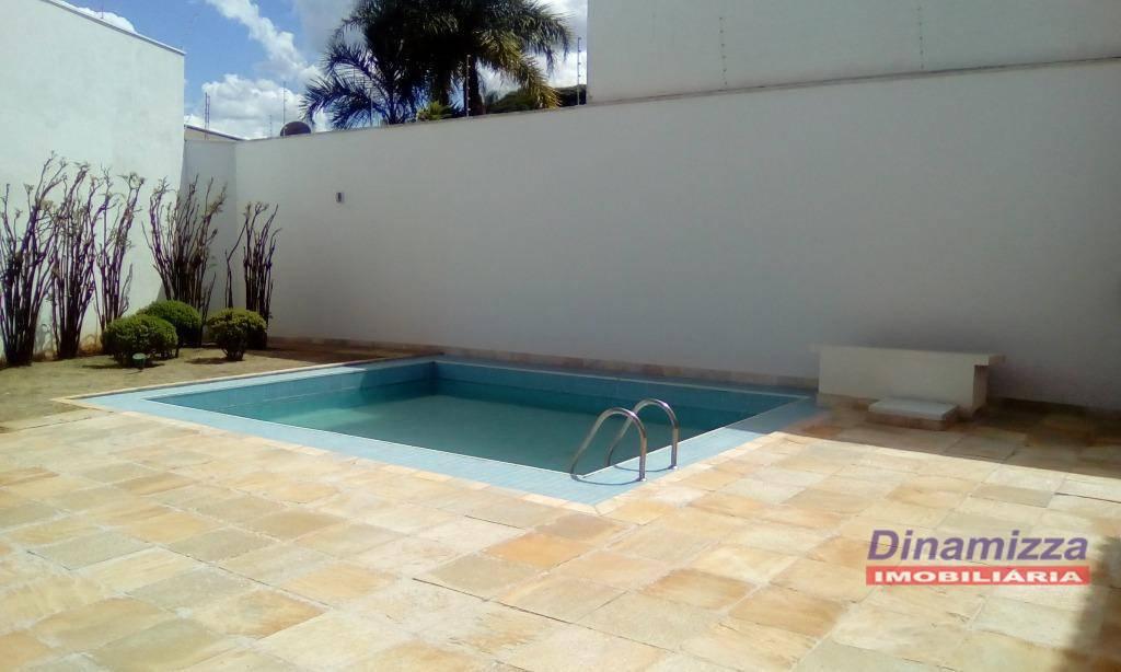 Sobrado residencial para venda e locação, Morada das Fontes, Uberaba.