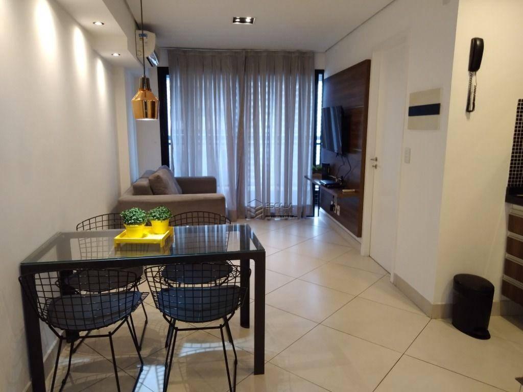 Apartamento com 1 dormitório para alugar, 40 m² por R$ 150/dia - Meireles - Fortaleza/CE