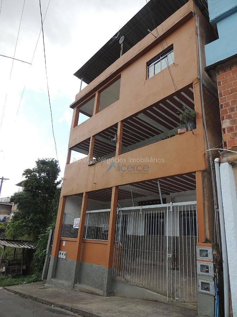 Casa com 2 quartos para alugar, 50 m² por R$ 380/mês - Santa Luzia - Juiz de Fora/MG