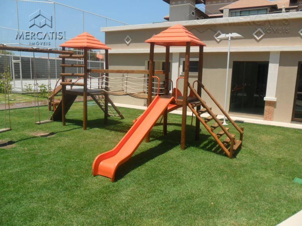 cobertura duplex no mediterranée residence no porto das dunas com uma área total de 13.440m2. mobiliada...