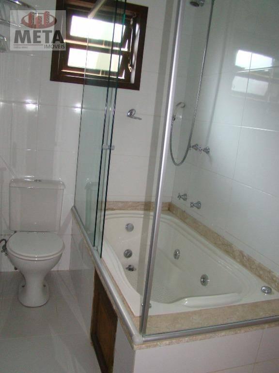 Casa com 3 Dormitórios à venda, 220 m² por R$ 780.000,00