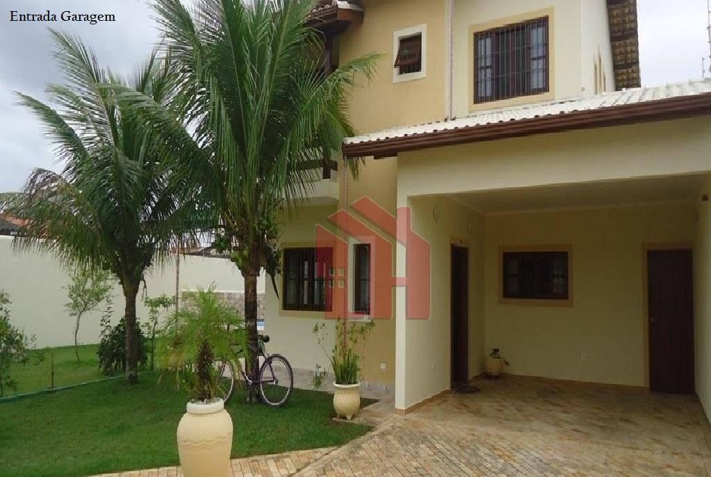 Sobrado com 4 dormitórios à venda, 231 m² por R$ 750.000,00 - Jardim Itanhaém - Itanhaém/SP