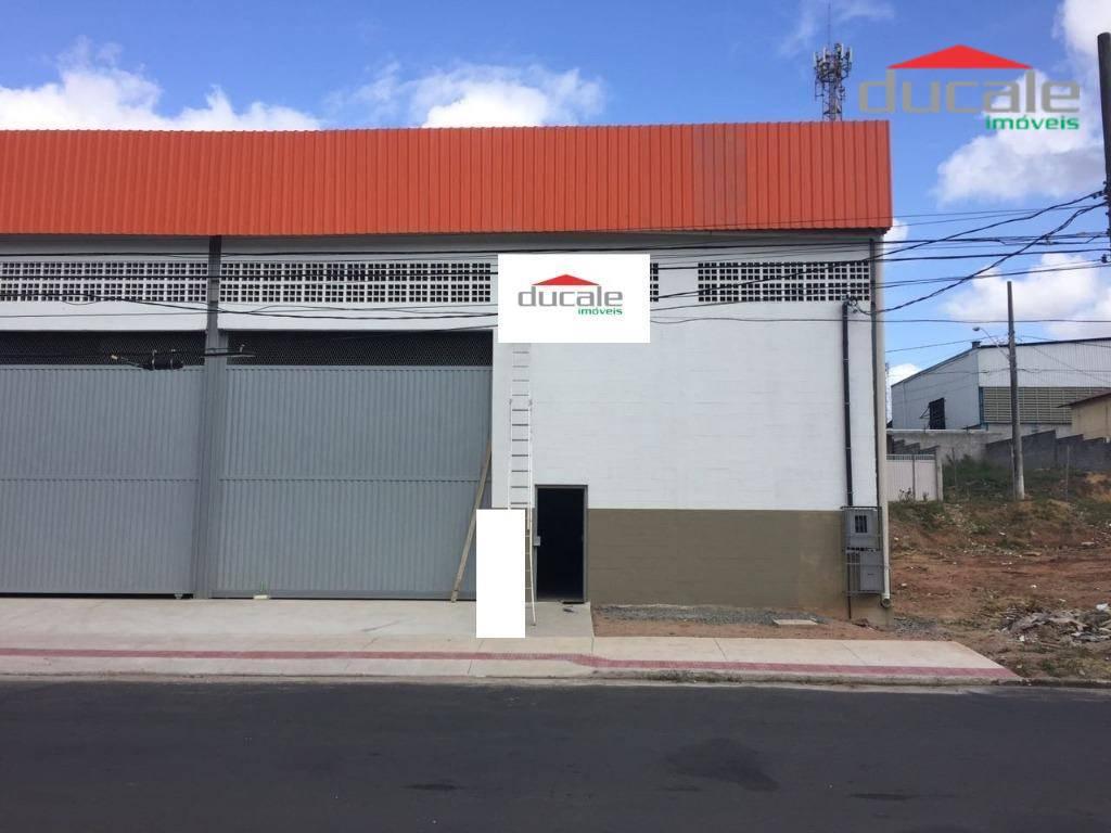 Galpão comercial para locação, Alterosas, Serra.