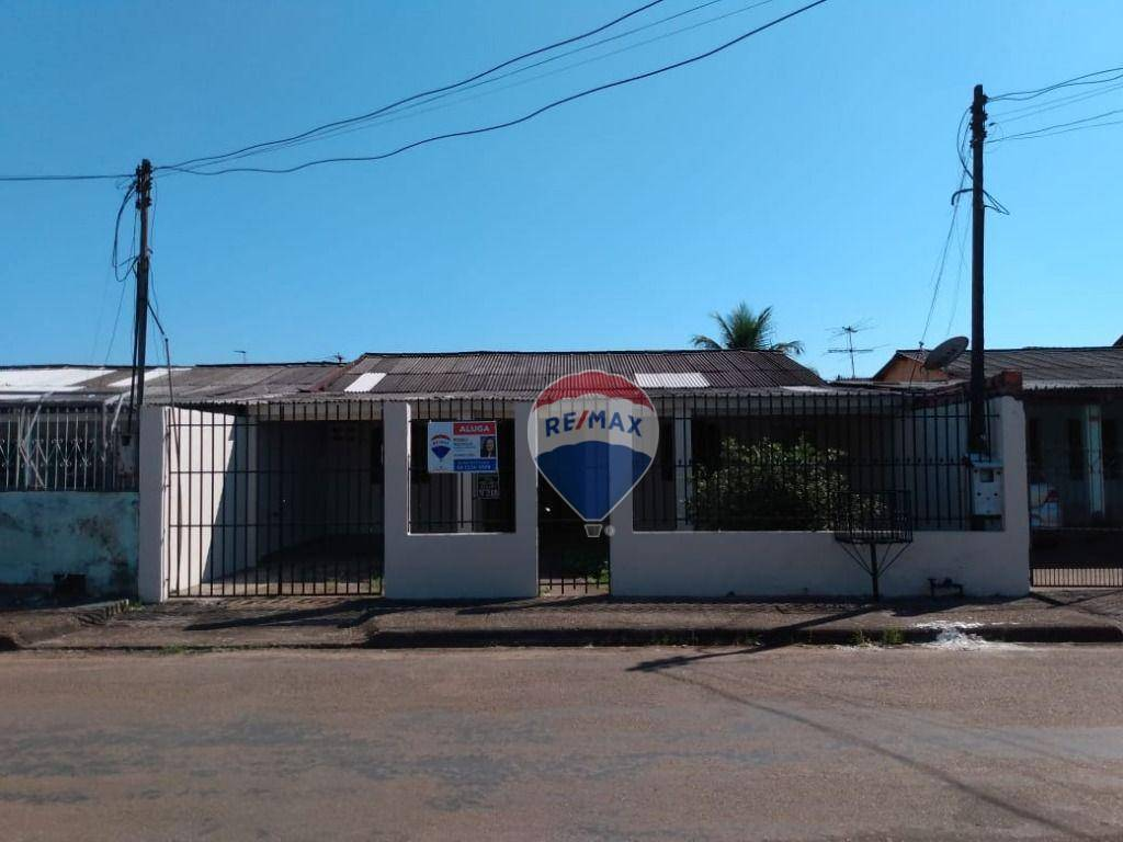 Casa com 3 dormitórios para alugar, 130 m² por R$ 1.200,00/mês - Aponiã - Porto Velho/RO