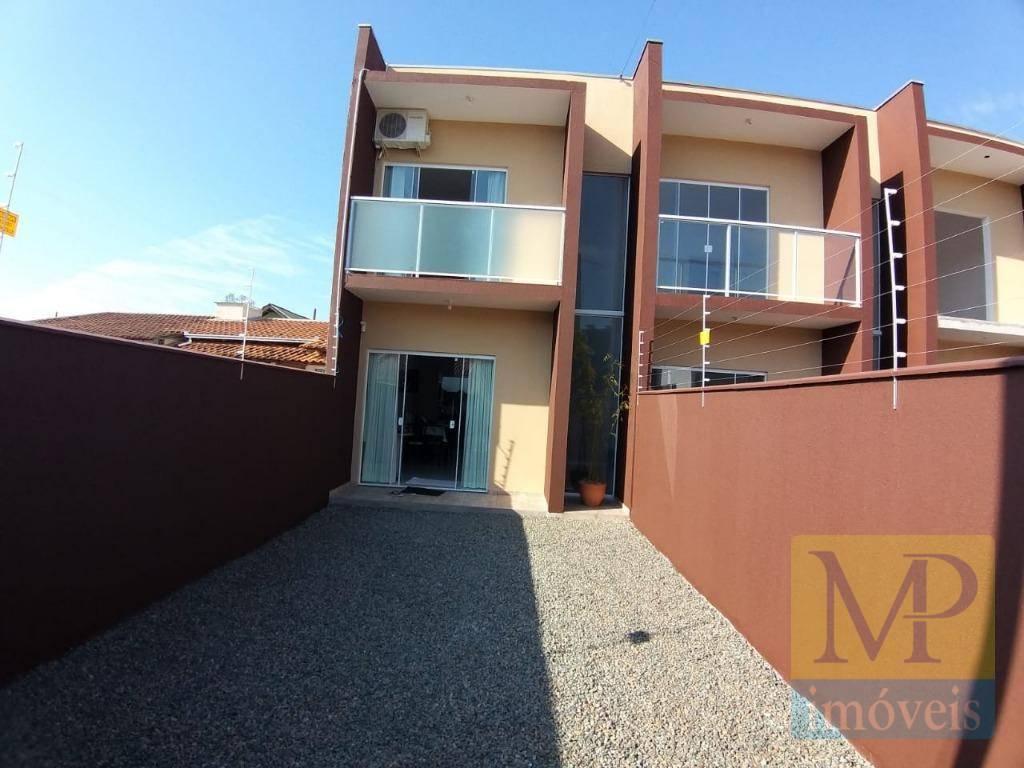 Geminado com 2 dormitórios à venda, 75 m² por R$ 196.000 - Itacolomi - Balneário Piçarras/Santa Catarina
