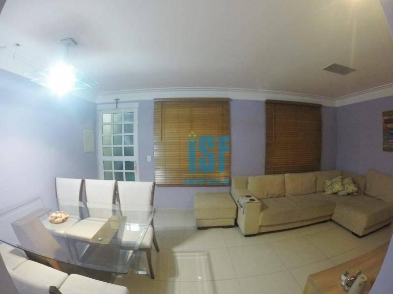 Sobrado residencial à venda, Chácara Ondas Verdes, Cotia.