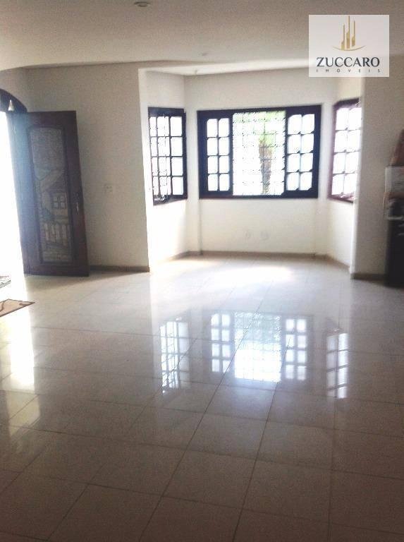 Sobrado de 4 dormitórios à venda em Vila Galvão, Guarulhos - SP