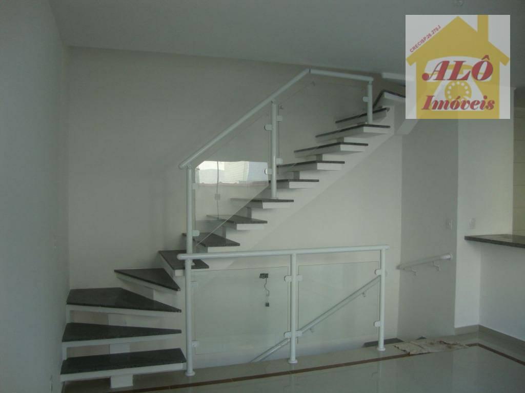 Sobrado à venda, 104 m² por R$ 585.000,00 - Boqueirão - Santos/SP