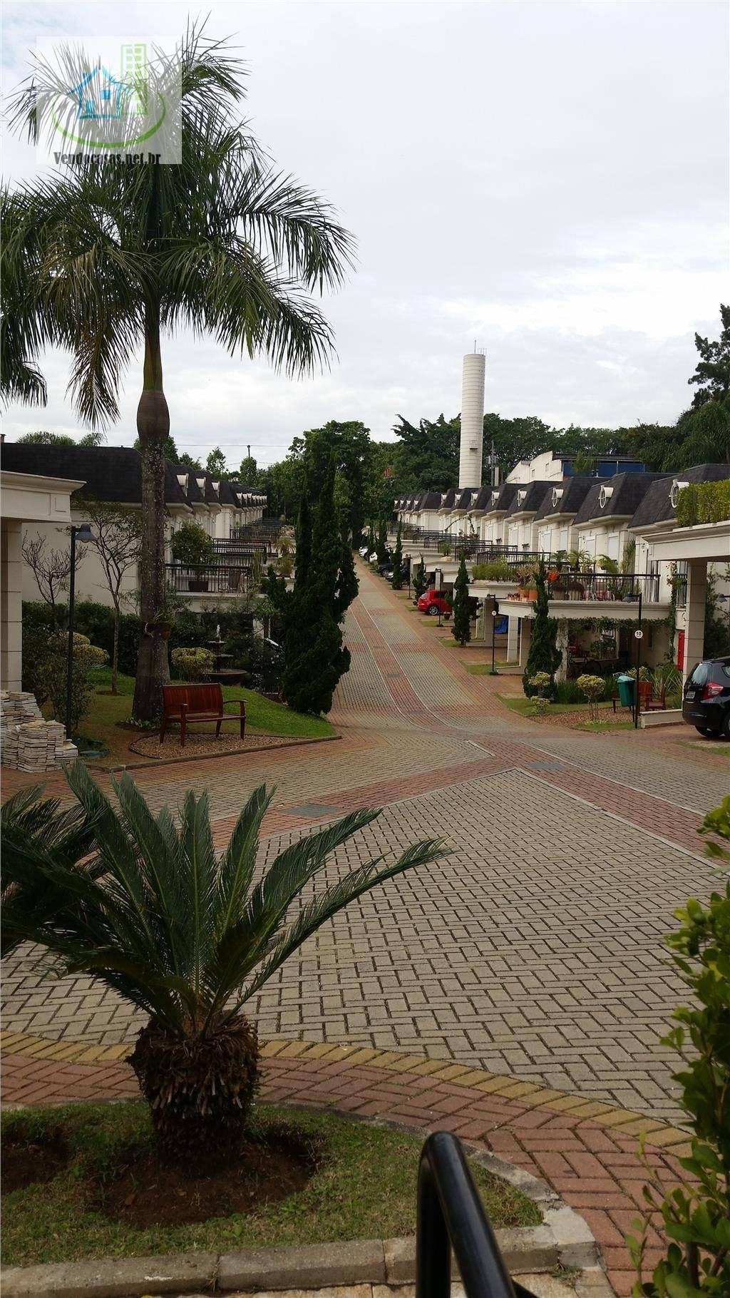 Sobrado de 3 dormitórios à venda em Chácara Monte Alegre, São Paulo - SP