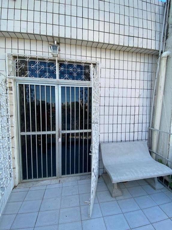 Casa para alugar, 80 m² por R$ 850,00/mês - Varjota - Fortaleza/CE