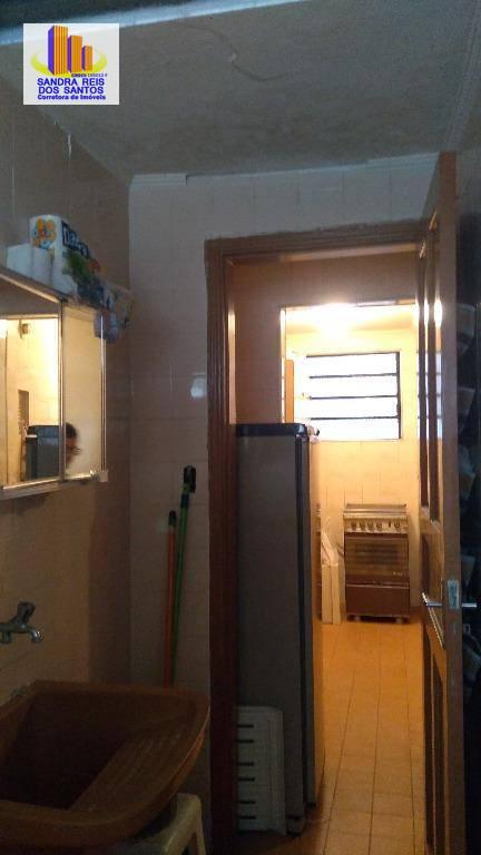 Kitnet residencial à venda, Centro, São Vicente.