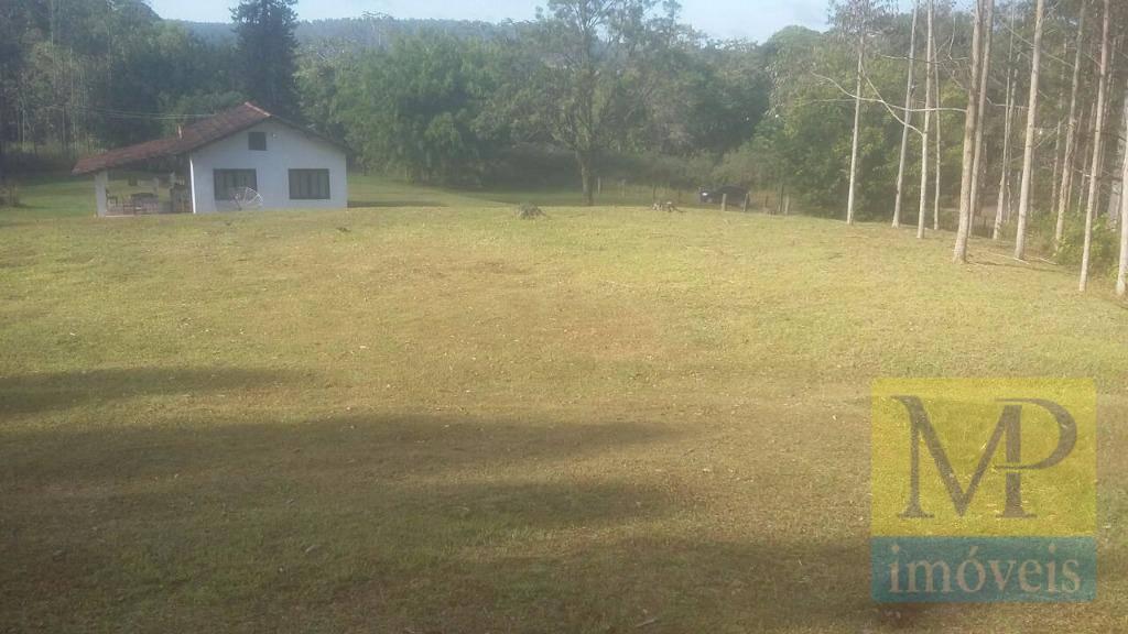 Área à venda, 620000 m² por R$ 6.000.000,00 - Centro - São João do Itaperiú/SC
