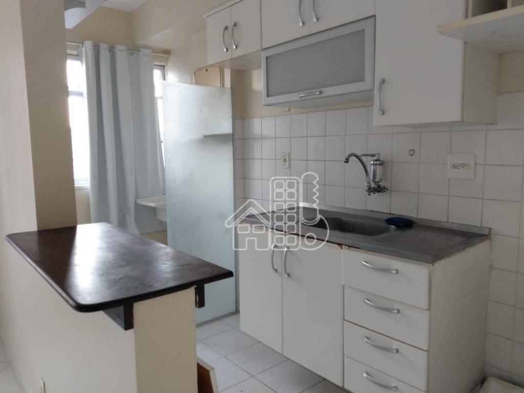 Apartamento com 2 dormitórios à venda, 4900 m² por R$ 240.000,00 - Barreto - Niterói/RJ