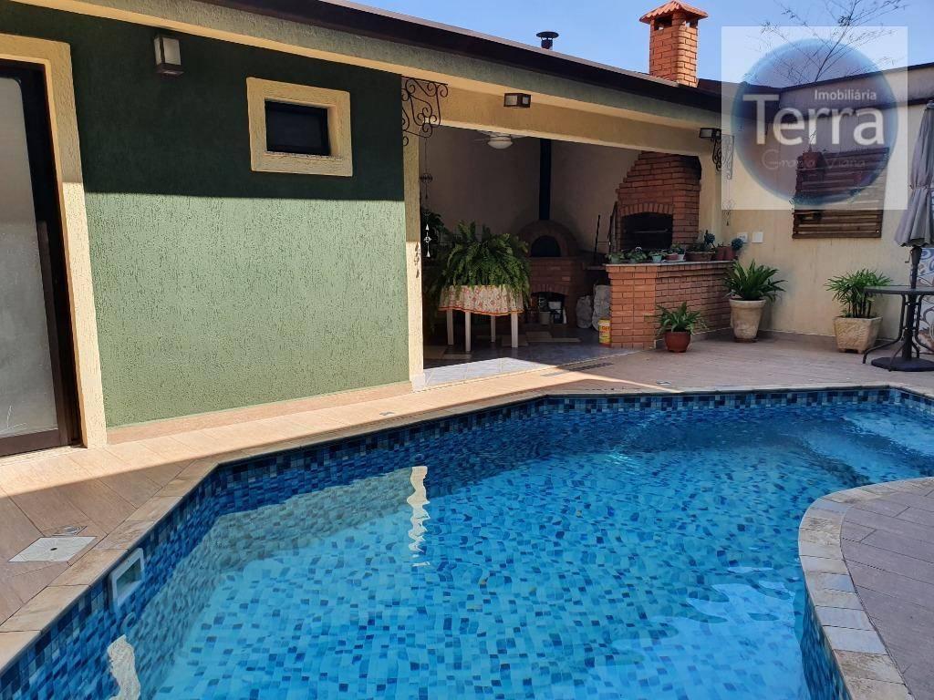 Casa com 3 dormitórios à venda - Jardim das Flores - Granja Viana.