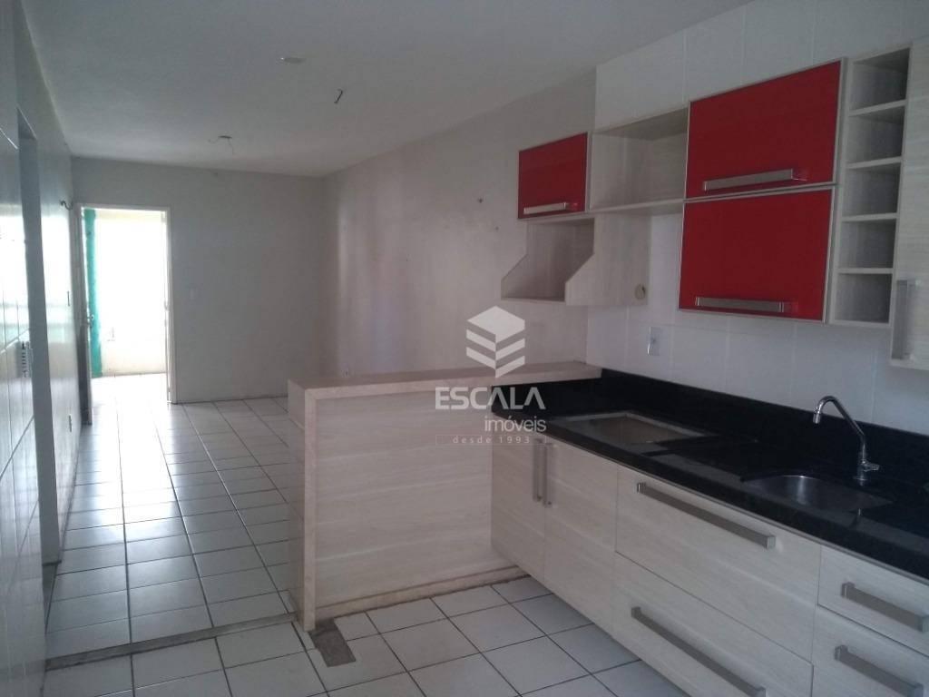 Casa com 2 quartos à venda, 57 m², condomínio fechado, móveis projetados - Castelão - Fortaleza/CE