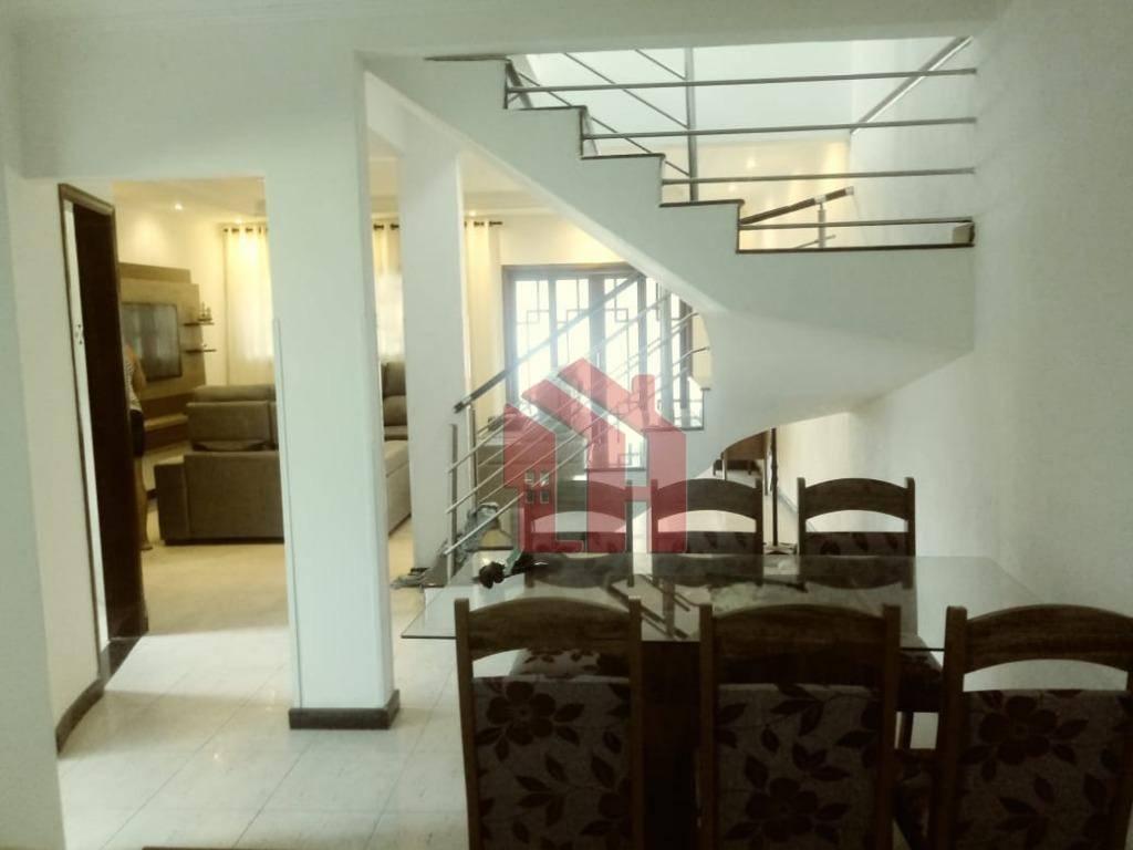 Sobrado com 3 dormitórios à venda, 277 m² por R$ 500.000,00 - Parque São Vicente - São Vicente/SP