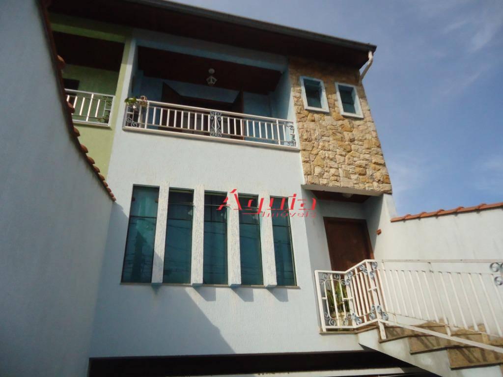 Sobrado com 3 dormitórios à venda, 254 m² por R$ 640.000 - Parque Oratório - Santo André/SP