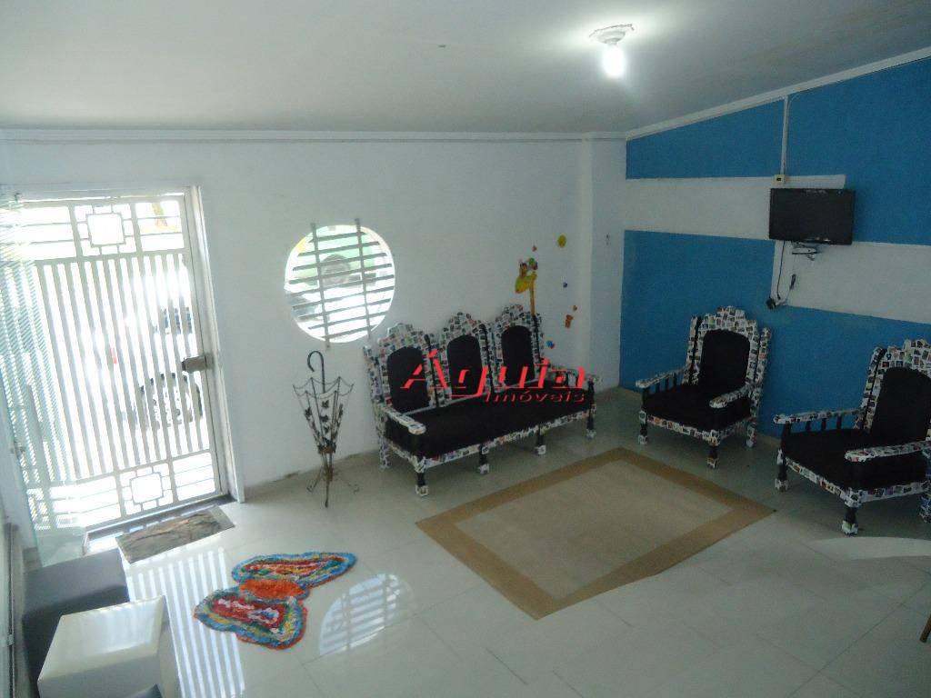 Sobrado com 2 dormitórios à venda, 232 m² por R$ 650.000  Avenida das Nações, 2856 - Parque Capuava - Santo André/SP