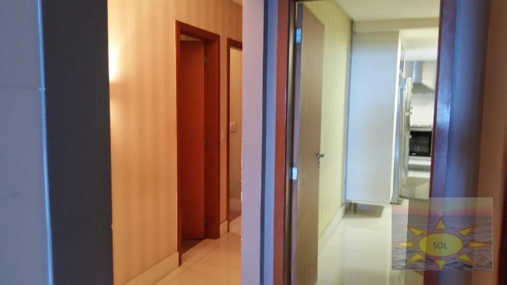 Frente para Mar, Andar Alto, Apartamento 04 Qtos 02 Suites , Praia de Itaparica, Vila Velha.