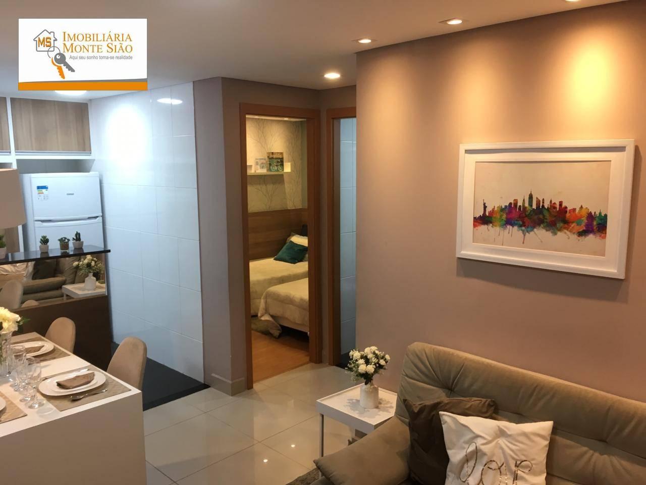 Apartamento com 2 dormitórios com 38 m² no Jardim Santo Expedito