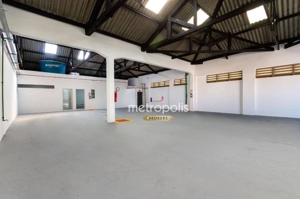 Galpão para alugar, 320 m² por R$ 5.800,00/mês - Fundação - São Caetano do Sul/SP