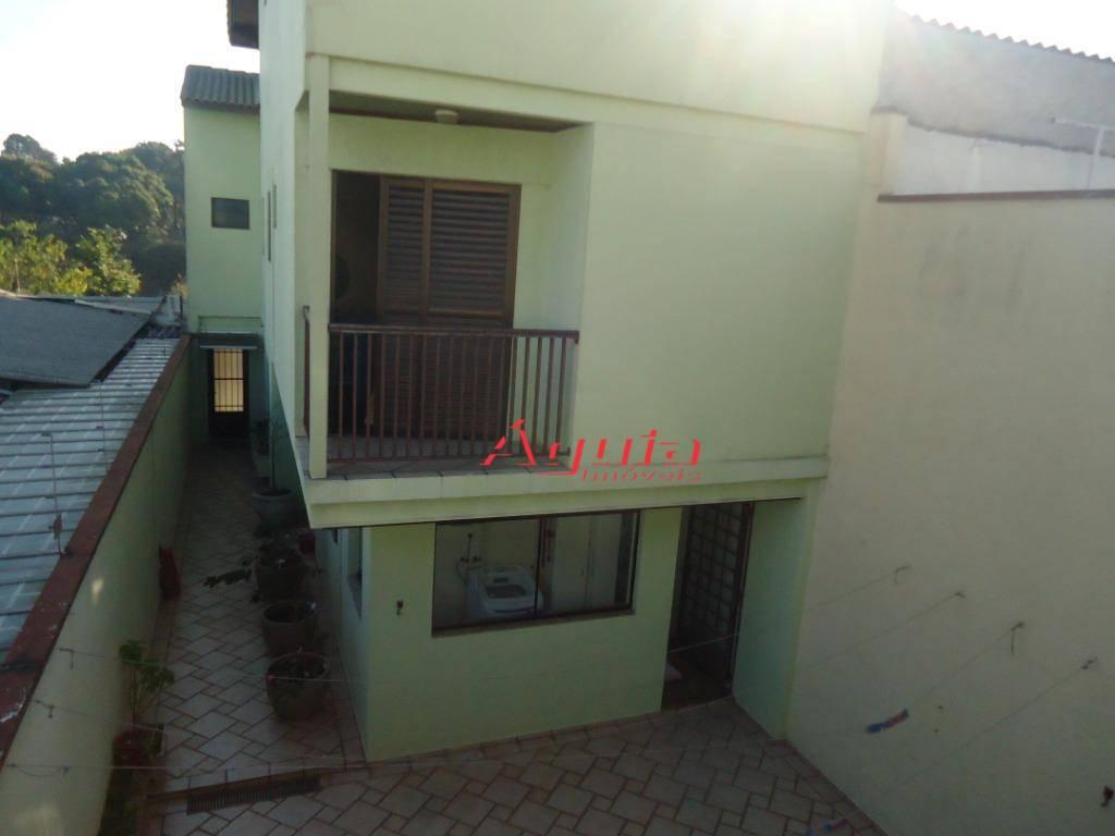 Sobrado com 3 dormitórios à venda, 277 m² por R$ 1.200.000 - Parque Jaçatuba - Santo André/SP