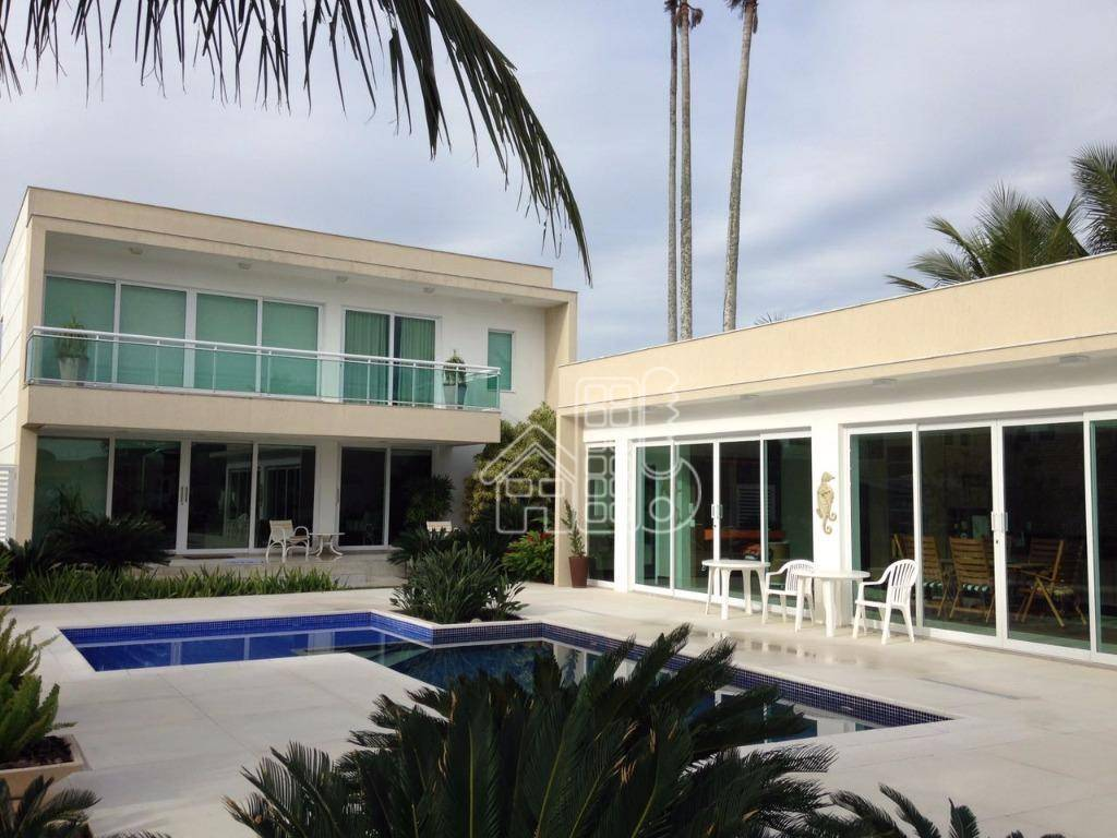 Casa Cabo Frio no canal 4 suites