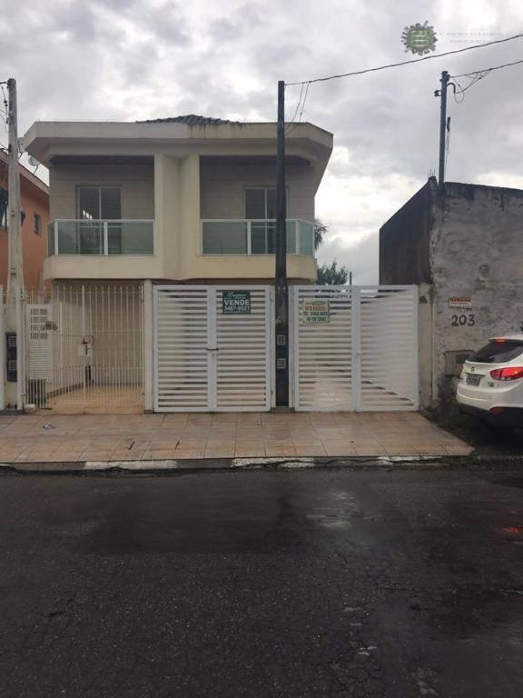 Casa Sobreposta Alta, Vila Margarida, São Vicente.