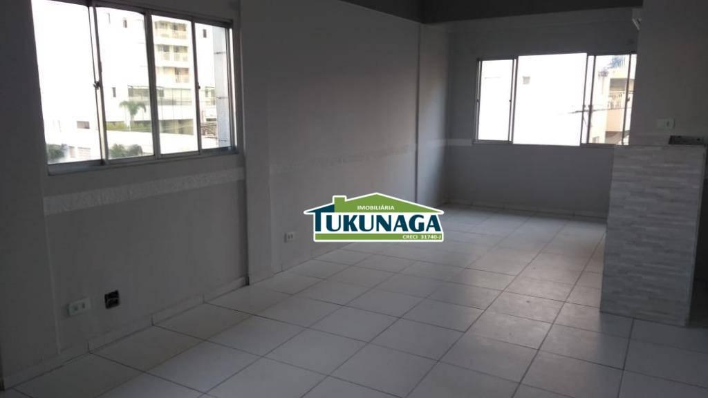 Salao com salas comerciais -2450m²-Vila Galvão.cod: SL0026