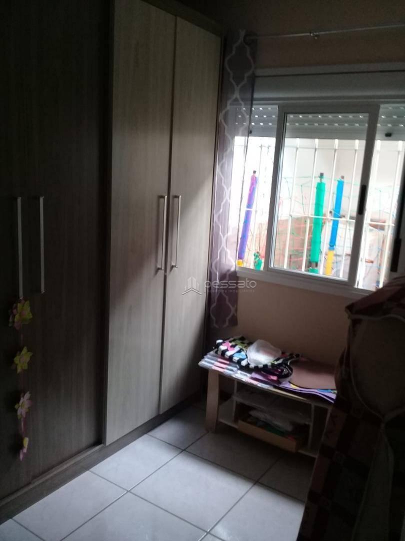 casa 2 dormitórios em Cachoeirinha, no bairro Chácara Das Rosas
