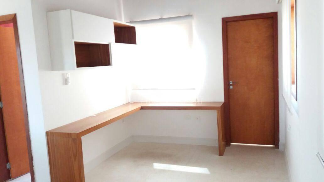 Casa de 3 dormitórios à venda em Vila Embaúba, Carapicuíba - SP