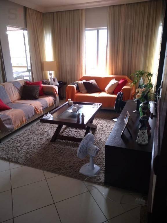Amplo apartamento de 3/4 (01 suíte)  com varanda e dependências completas na Pituba - Salvador/BA