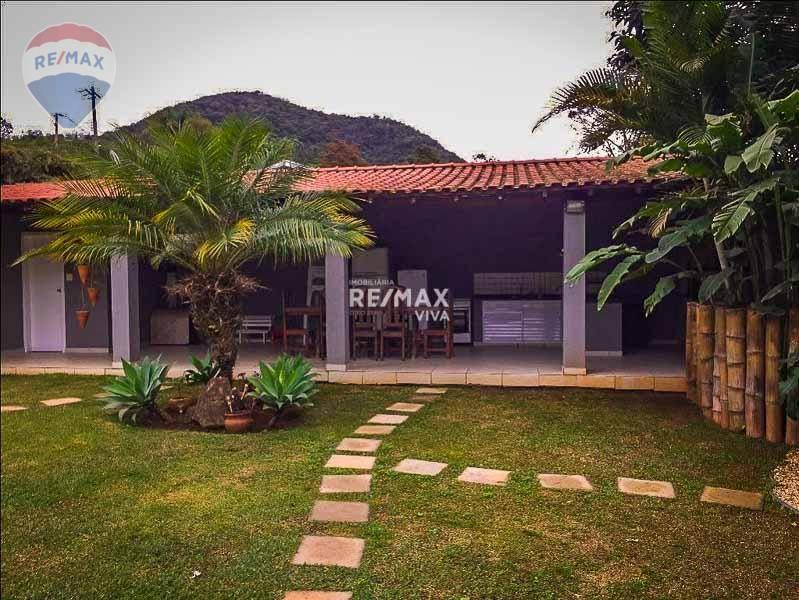 Portal dos Nobres - Casa à Venda com 3 suítes
