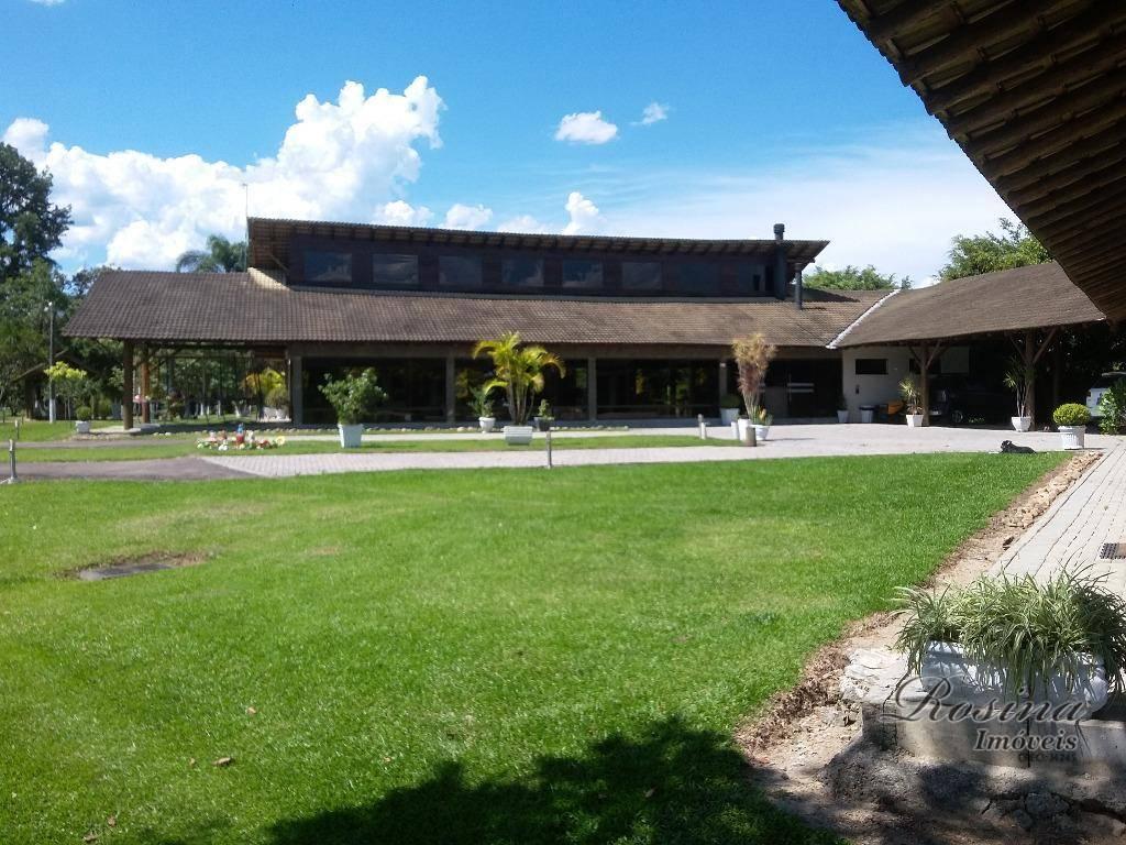 Linda Fazenda medindo 276.300,00 m² localizada em Barreiros-Morretes - Chácara alto padrão