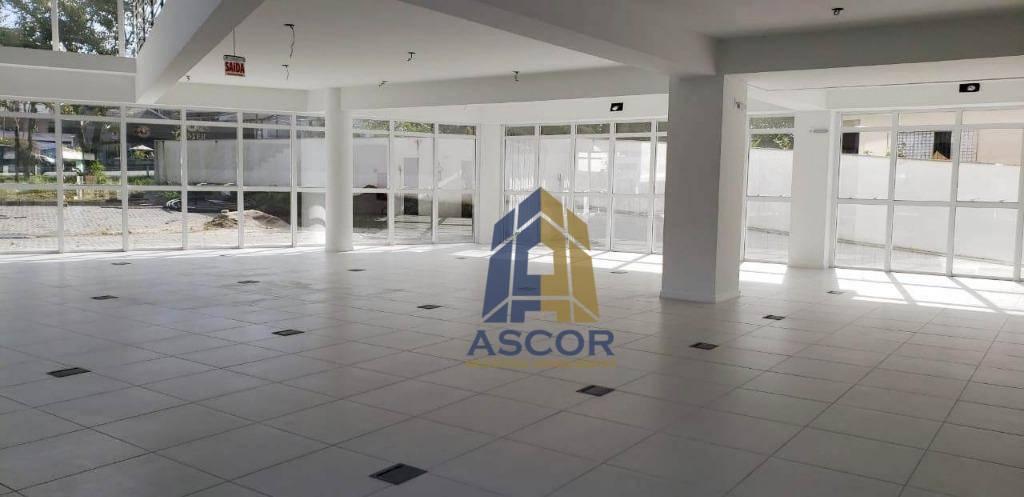 Prédio comercial, na Sc 401, Florianópolis.
