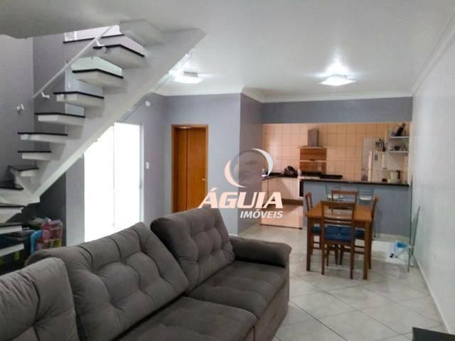 Sobrado com 3 dormitórios à venda, 215 m² por R$ 670.000,00 - Vila Mazzei - Santo André/SP