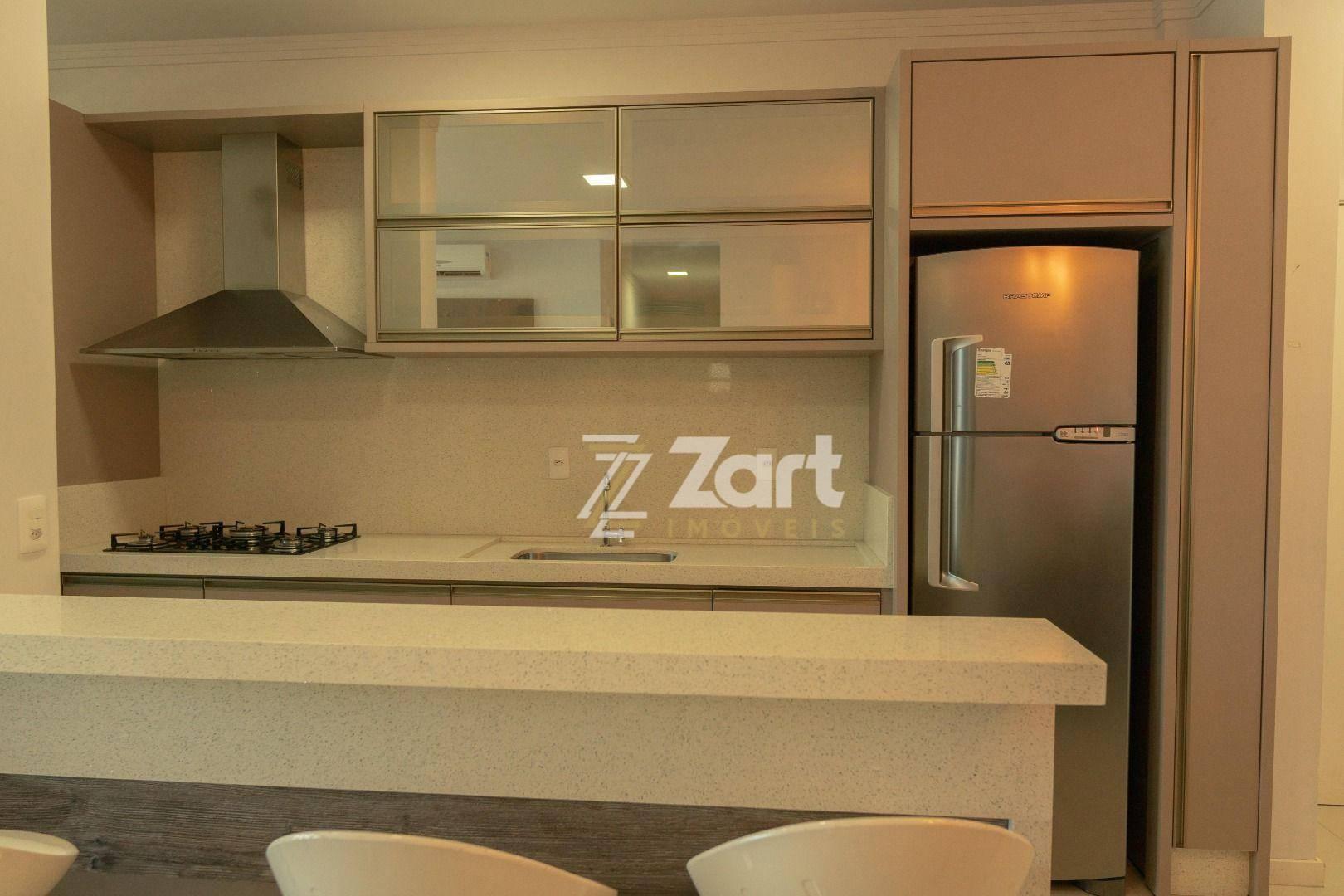 Apartamento com 3 Dormitórios à venda, 120 m² por R$ 950.000,00