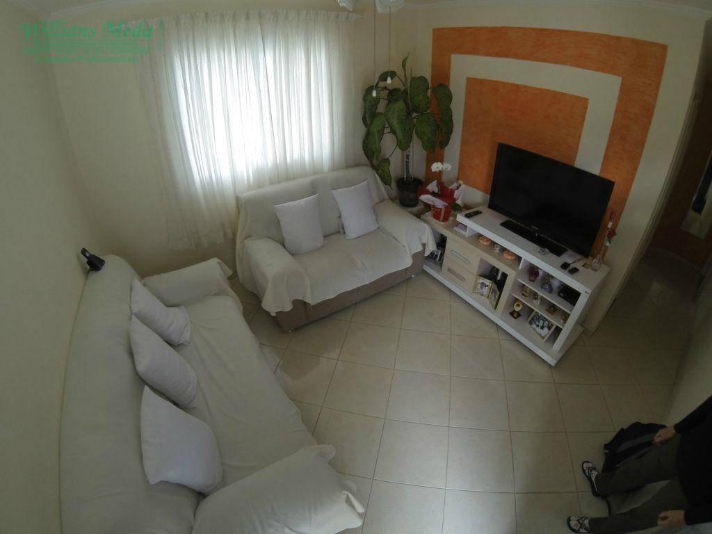 Casa com 2 dormitórios à venda, 61 m² por R$ 300.000 - Vila São João Batista - Guarulhos/SP