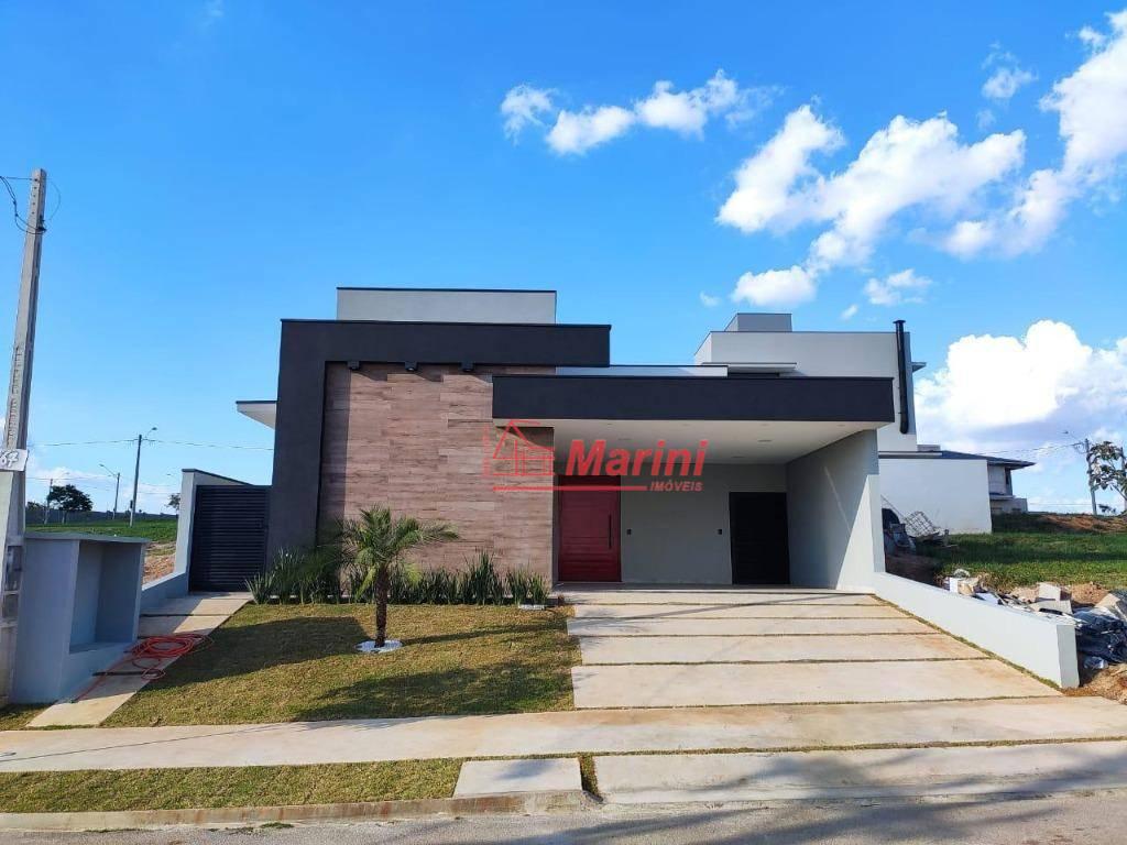 Casa de Alto Padrão NOVA com 3 dormitórios, 1 suite com Closet, Cozinha Gourmet à venda, 160 m² por R$ 740.000 - Residencial Central Parque - Salto/SP